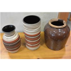 2 DECORATIVE POTTERY VASES AND CROCK