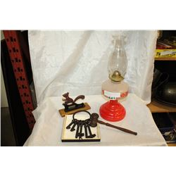 VINTAGE OIL LAMP KEYS GAVEL AND NUT CRACKER