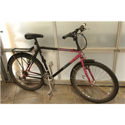 PINK BLACK GIANT BIKE