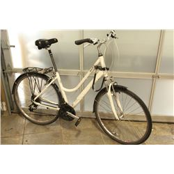 WHITE OPUS COMMUTER BIKE