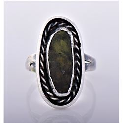 Vintage Green Stone Sterling Silver Rope Ring