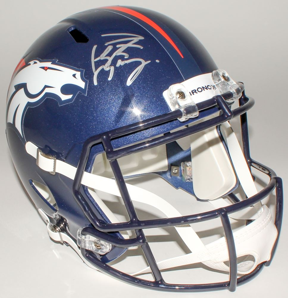 Size what helmet does peyton manning wear