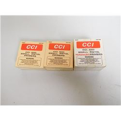 ASSORTED  LOT OF SMALL PISTOL PRIMERS INCL. CCI 550 AND CCI 500