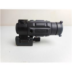 AIMPOINT SIGHT WITH LENS COVER AND BASE