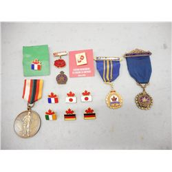 ASSORTED SERVICE/MILITARY PINS