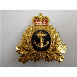 ROYAL CANADIAN NAVY CAP BADGE