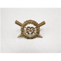 HARROW RIFLES CAP BADGE