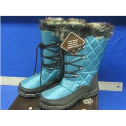 Snow-tech winter boots size 7