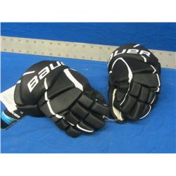 Bauer hockey gloves junior size