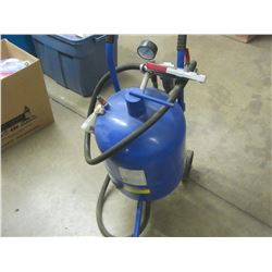 Sandblaster with gages / gun and hose