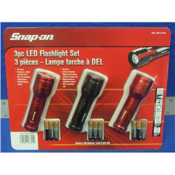 Snap-On 3 piece LED  flashlight set with duracell batteries