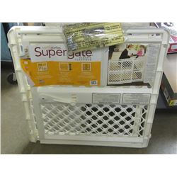 Supergate / for rooms or top of stairs