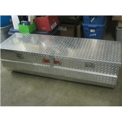 Delta Aluminum truck Toolbox with keys / 57x21x18