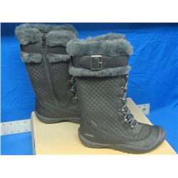 Womens J Sport winter boots new size 6