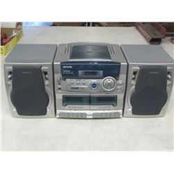 Aiwa CD Stereo  system /  works excellent , sounds great