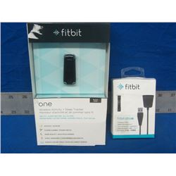 fitbit ONE Wireless activity / sleep tracker + extra charge cable