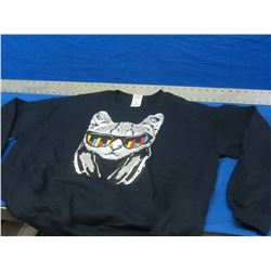 New Sweat shirt size large