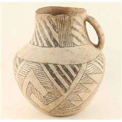 Anasazi Puerco Black & White Handled Vessel