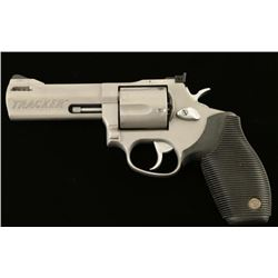 Taurus Tracker .44 Mag SN: IS142001