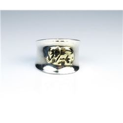 Hand Crafted 18K Gold Elephant Band