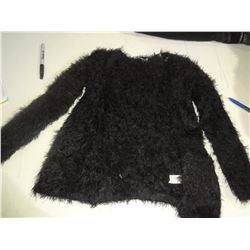 New Girls Size 5 Fuzzy Sweater