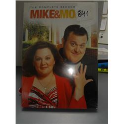 (NEW) Mike & Molly Season 2