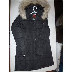 Ladies Canadiana Jacket Size Medium