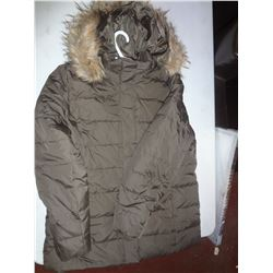 Ladies Green Winter Coat Size XL