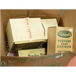 ASSORTED ESTATE BOX OF COLLECTIBLES INCL RADIO,