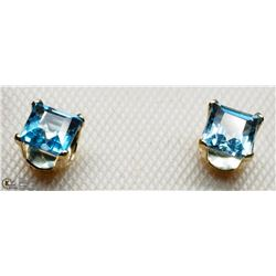 11) 14KT BLUE TOPAZ PRINCESS CUT STUD EARRINGS