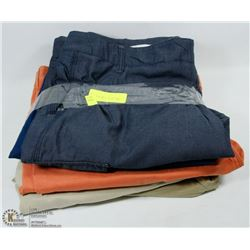 LOT OF 5 PAIRS OF SIZE 40 MENS SHORTS