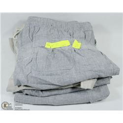 5 PAIRS OF PANTS (1XL, 4 LARGE)