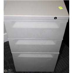 3 DRAWER TAN ROLLING CABINET 14.5X19.5X28