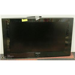 "32""  SAMSUNG  LCD TELEVISION WITH REMOTE, NO STAND"