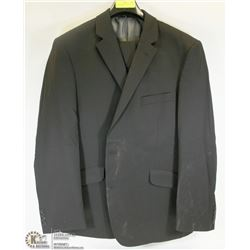 2PC BELLISSIMO BLACK SUIT SIZE 48R JACKET 34S