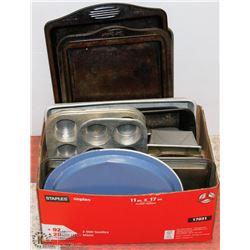 LARGE BOX OF ASSORTED BAKING SHEETS, BREAD PANS,