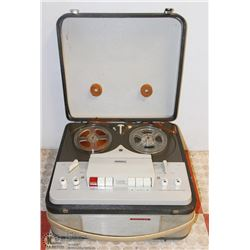 VINTAGE PHILLIPS REEL TO REEL RECORDER
