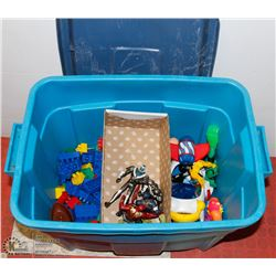 BOX WITH BUILDING BLOCKS AND VARIOUS TOYS