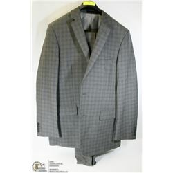 2PC BELLISSIMO GREY PLAID SUIT 42T, PANTS 36L,