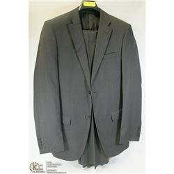 2PC JONES NY DARK GREY PINSTRIPE SUIT SIZE 38T
