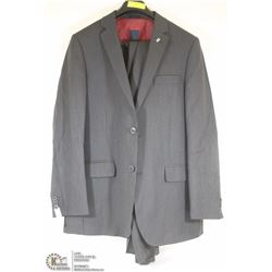2PC DANIEL HECHTER BLACK/GREY PINSTRIPE SUIT 42T