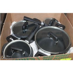 BOX W/8-PC STARFRIT CAST-ALUMINUM POTS