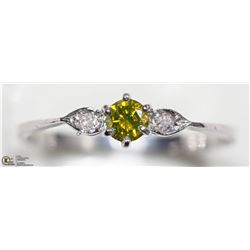 17) 14K WHITE GOLD YELLOW AND WHITE DIAMOND RING