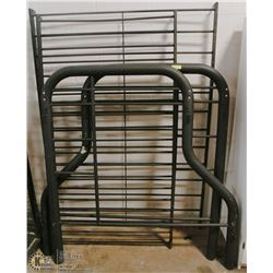 DOUBLE /SINGLE TUBULAR BUNKBED. NO MATTRESSES