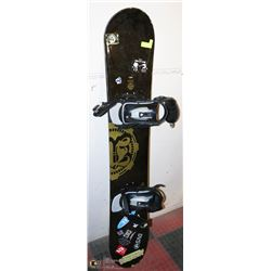 SNOWBOARD WITH BINDINGS 159 CM