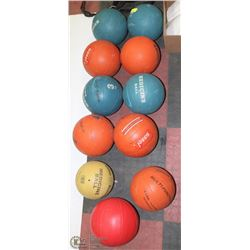 LOT OF 11 ASSORTED  MEDICINE/FITNESS BALLS