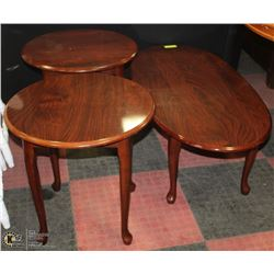 CHERRY COFFEE TABLE WITH MATCHING END TABLES.