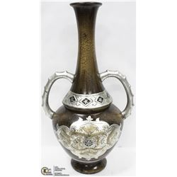 SILVER TEXTURED 2 HANDLE SHOWHOME VASE DECOR