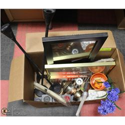 BOX OF ASSORTED HOME DECOR ITEMS