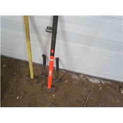 2 Sledge Hammers+ 2 hammers